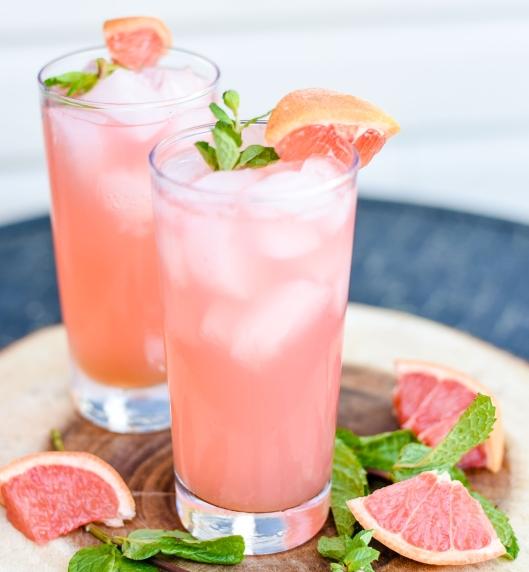 Pink-Grapefruit-Mojito-yes