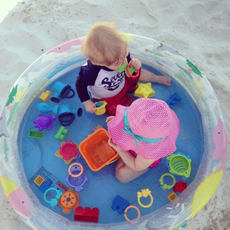 kiddie-pool-at-beach